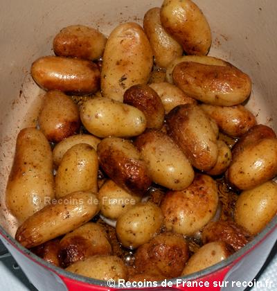 Pommes de terre grenaille sautées au thym et ail