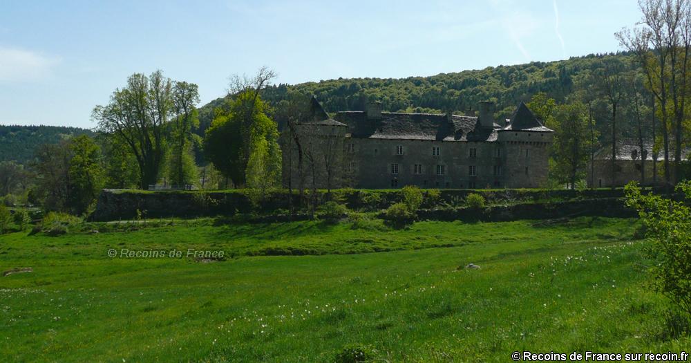 Autour du château de la Baume