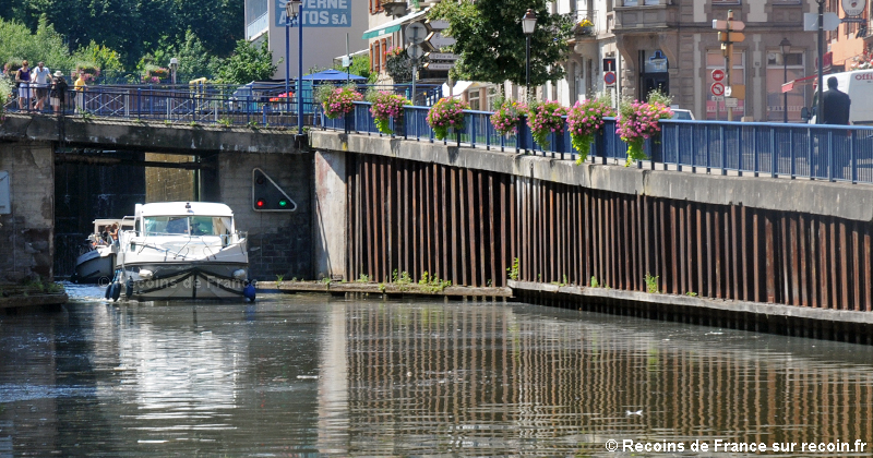 Canal de la Marne au Rhin à Saverne