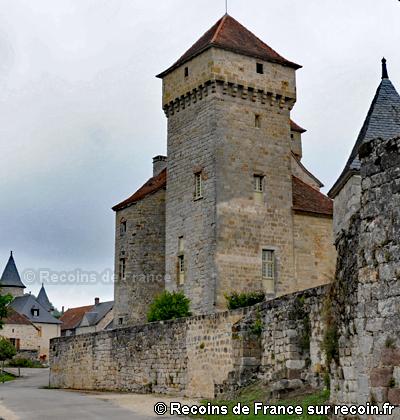 Les trois châteaux de Curemonte