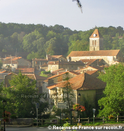Village pittoresque de Nanteuil