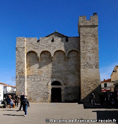 Eglise forteresse des Saintes Maries
