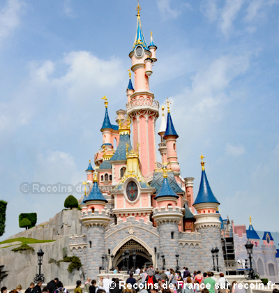 parc disneyland sur. Black Bedroom Furniture Sets. Home Design Ideas