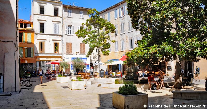 Place Sadi Carnot à La Ciotat